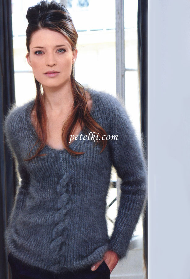 Теплый пуловер-реглан из
