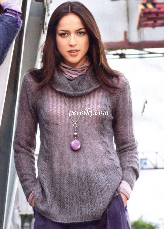 Расклешенный пуловер с