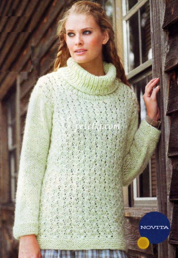 Вязаный свитер свободного