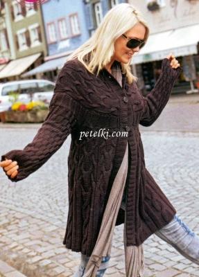 Пальто с круглой кокеткой